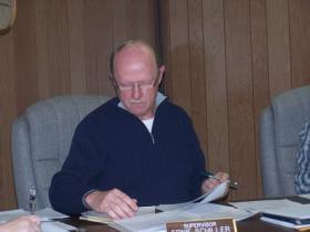 Lee County Board Chairman Ernie Schiller