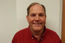 Don Hunold (D-rural Donnellson) is seeking the District 3 seat on the Lee County Board of Supervisors.