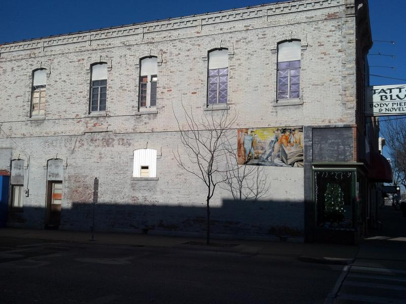 How a smaller mural might appear on that wall