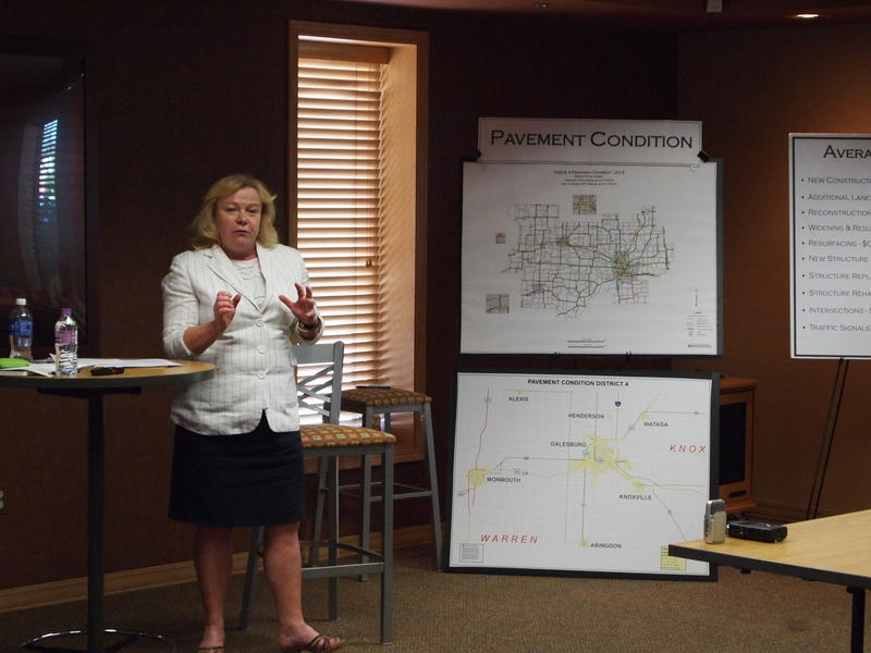 IDOT Deputy Secretary Christine Reed leads the listening session in Galesburg about transportation needs in the area.