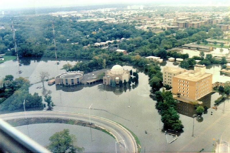 Flooding in the Chicago suburb of Des Plaines