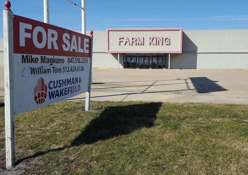 The former Farm King store in Macomb has sat vacant for a number of years.  Kim Pierce said she would love to see it filled by a call center.