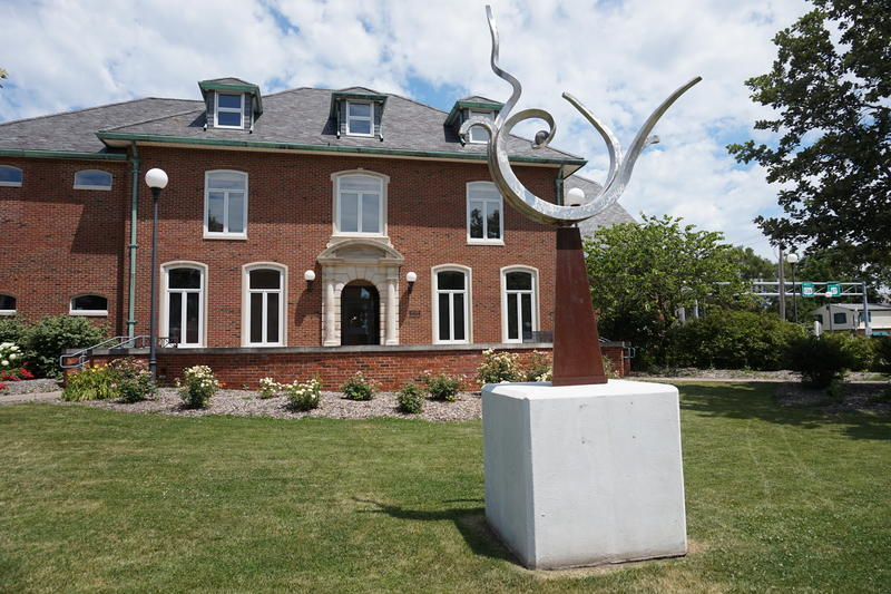 """""""Tendril"""" by Marc Moulton is on on display outside Macomb City Hall."""
