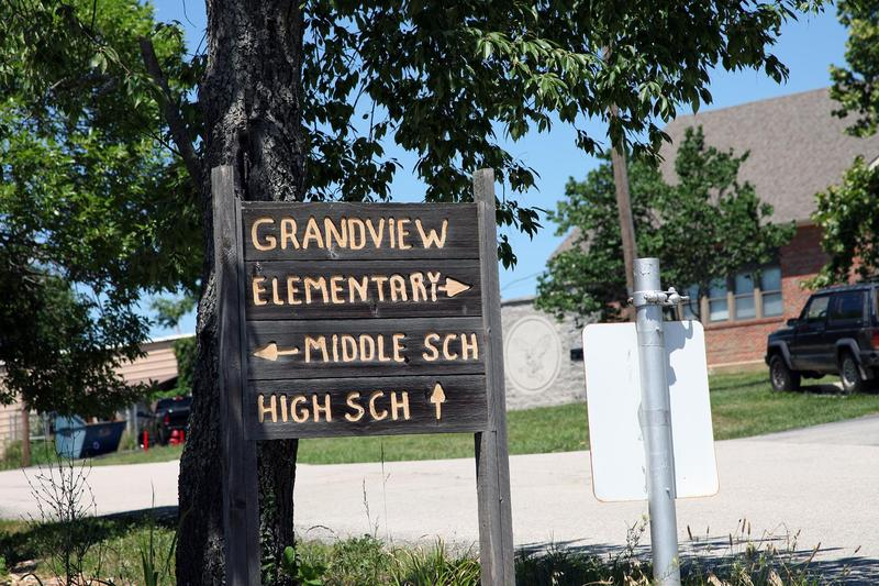 Grandview elementary, middle and high schools occupy the same campus in a rural area of Jefferson County, Missouri.