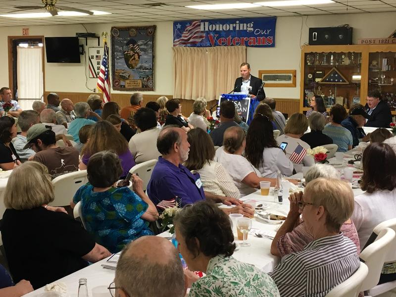 John Curtis announced to a full house at the V.F.W. in Macomb that he will begin collecting signatures to get on the ballot in 2018.