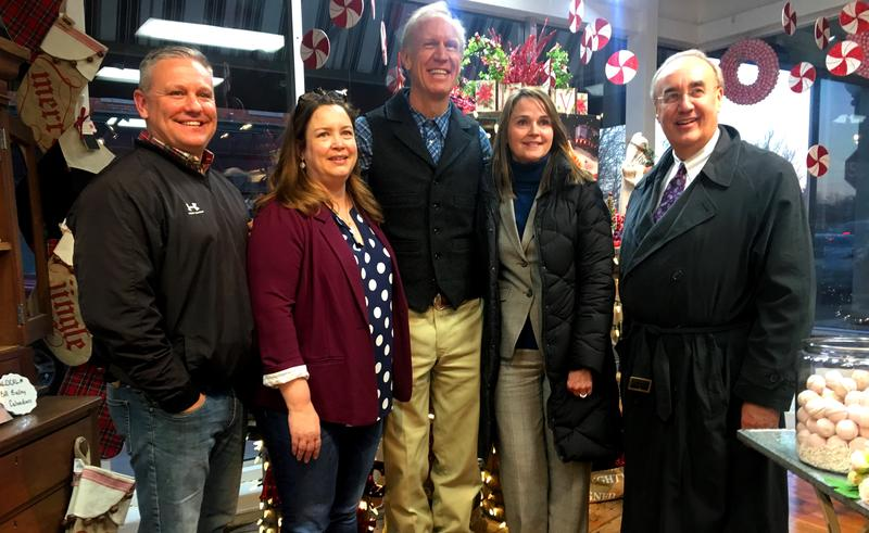 Governor Rauner (center) met with shop owners Jon and Lara Dively (left) at Nostalgia. They were joined by MAEDCO's Kim Pierce and Mayor Mike Inman