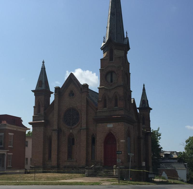 The city of Keokuk has told the contractor it can begin demolition of the former Unitarian Church as soon as it is ready.