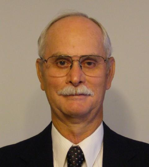 Larry Kruse (R-Donnellson)