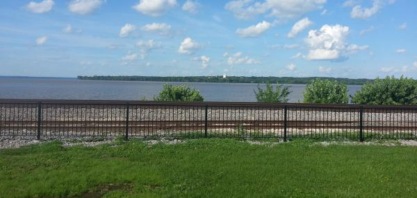 The view of Nauvoo from Montrose's riverfront region.