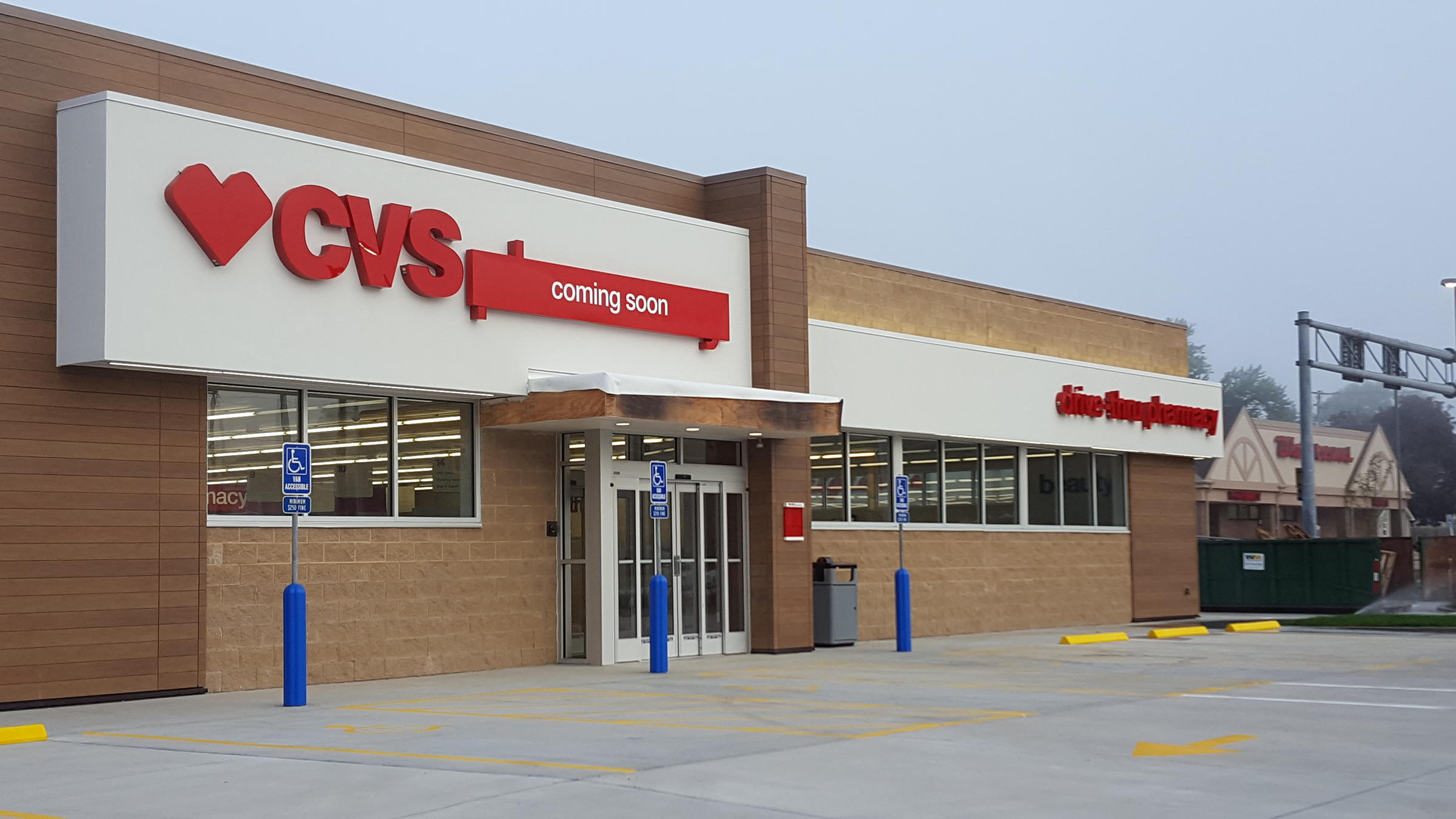 optimism abounds despite empty retail space in macomb