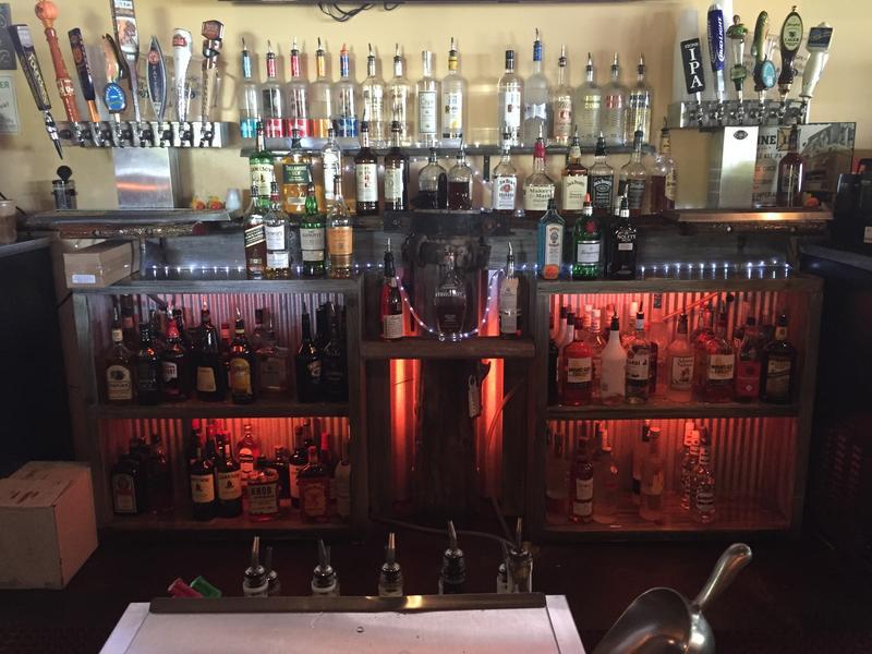 bar in Amelia Island