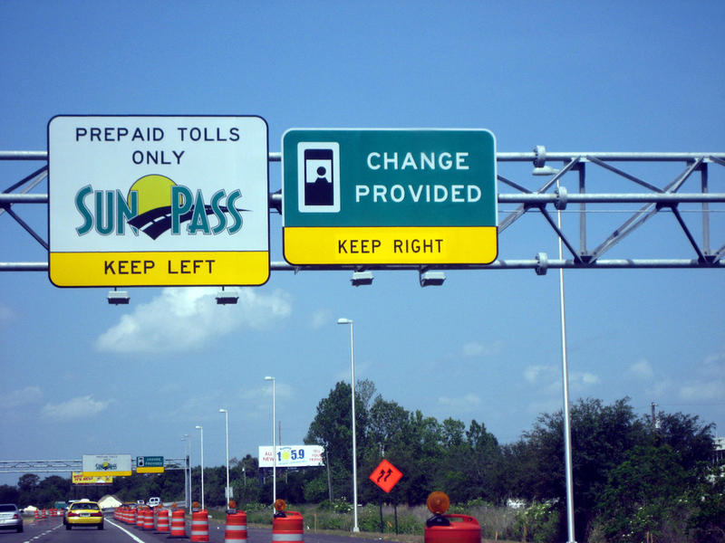 SunPass highway sign