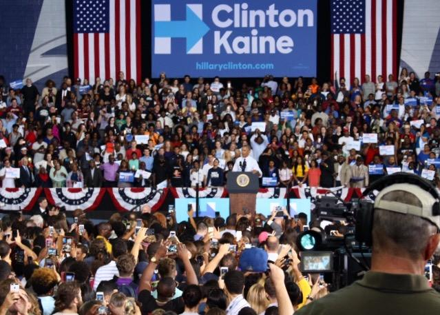 obama swoops into jacksonville s unf arena campaigning for hillary