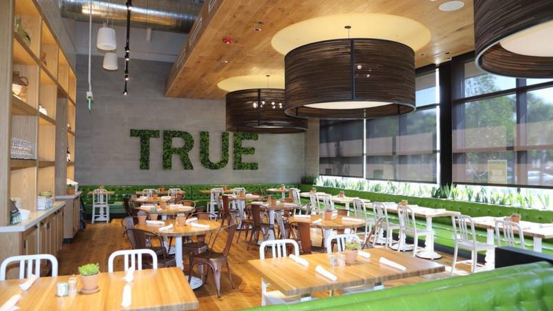 True food kitchen will renovate former mitchell s fish for Fish market boca raton