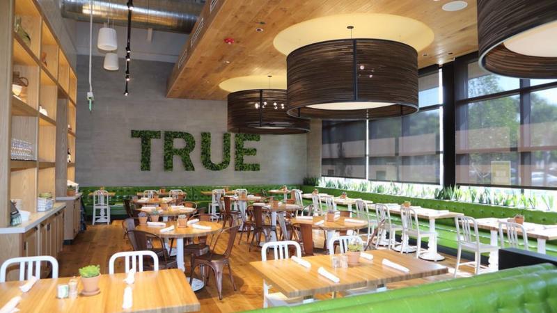 True food kitchen will renovate former mitchell s fish for Fish market boca