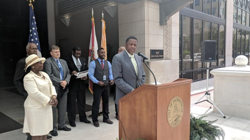 Reggie Brown announces Jacksonville's Health Literacy Convention Thursday.