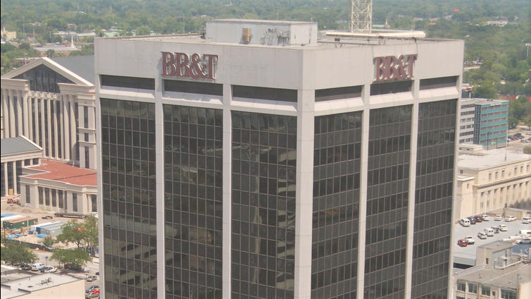 The 18-story BB&T Tower at 200 W. Forsyth St. has sold for $24.5 million.