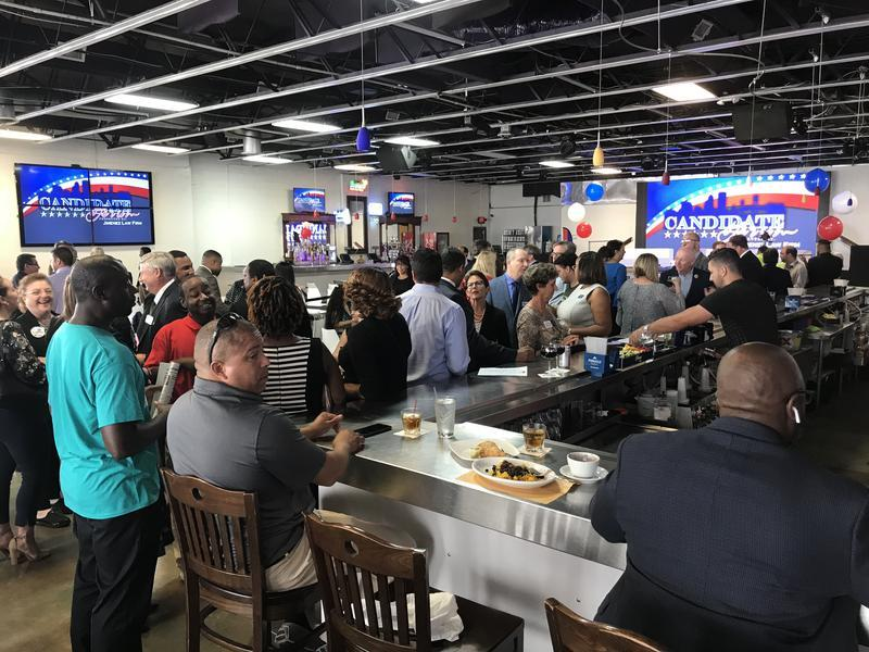 Crowd at Tuesday night's Candidate Forum at Havana-Jax Cafe.