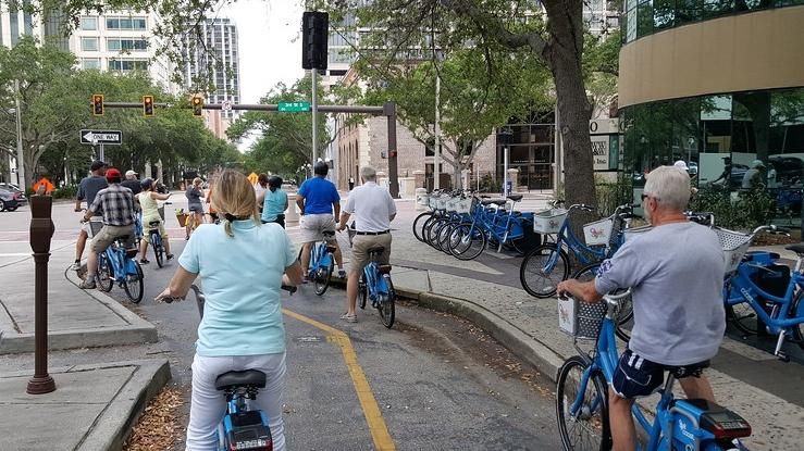 Coast Bike Share began as a demo program of 100 bicycles at 10 stations across downtown St. Petersburg in November 2016.