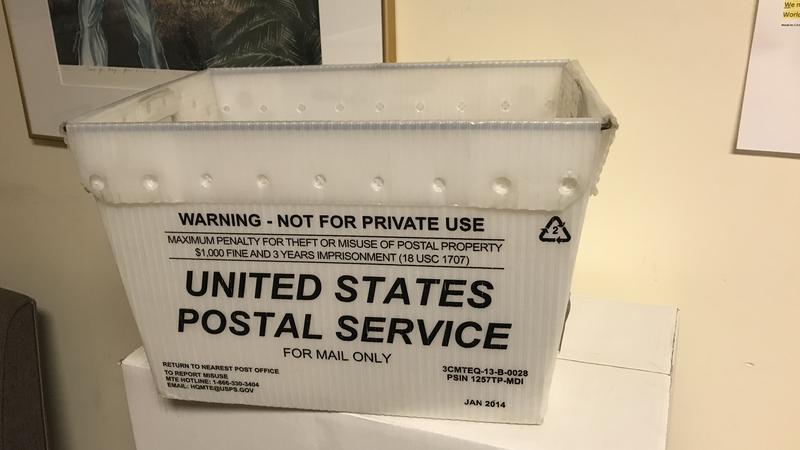 empty mail bin