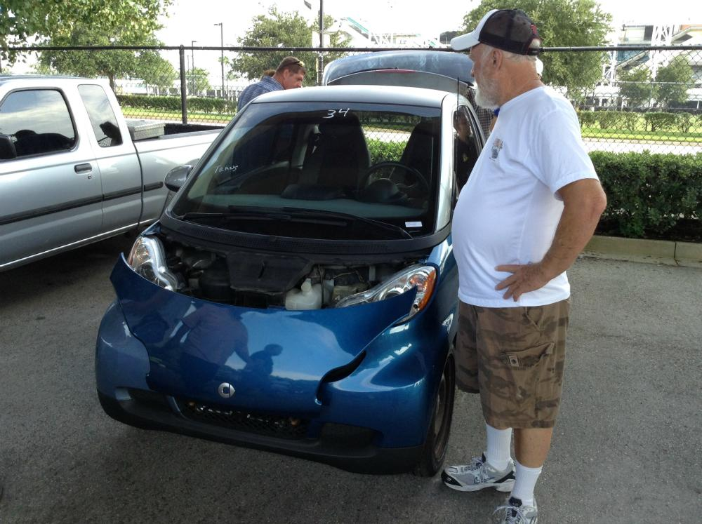 Among The Vehicles To Be Auctioned Off Was A 2009 Smart Fortwo Microcar