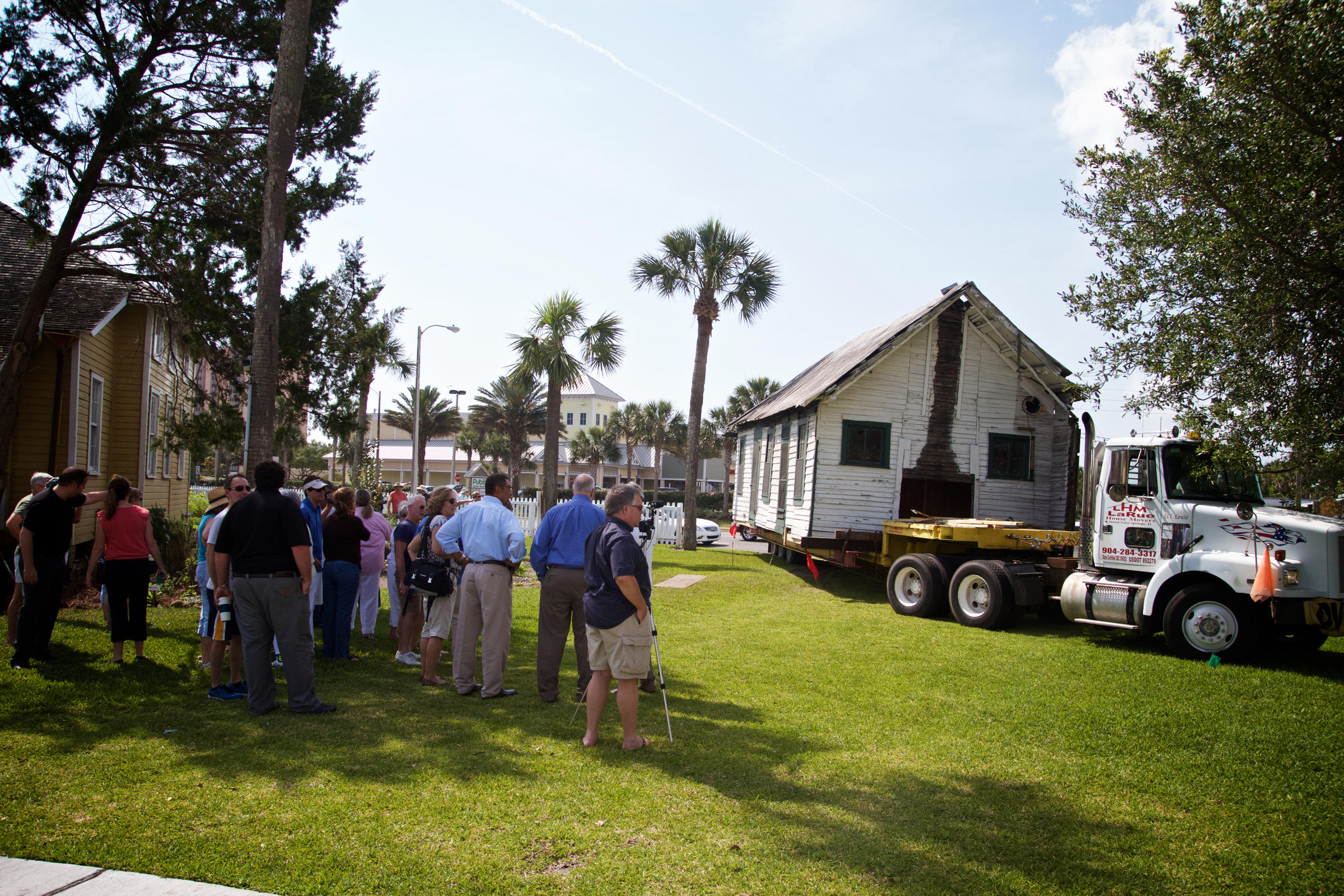 oldest cracker cabin on first coast moved to make way for crews move the 142 year old florida oesterreicher mccormick cracker style cabin from palm valley to the beaches museum and history park in jacksonville