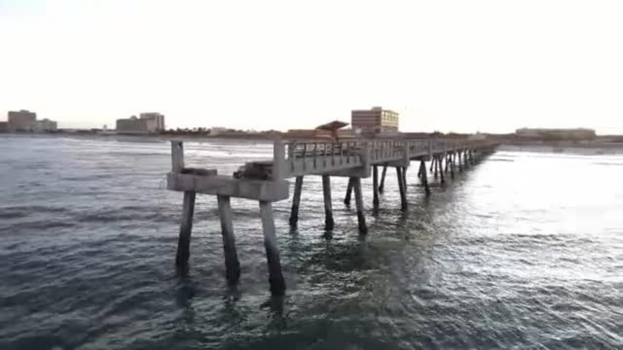Part of jacksonville beach pier expected to reopen in for Fishing piers in jacksonville fl