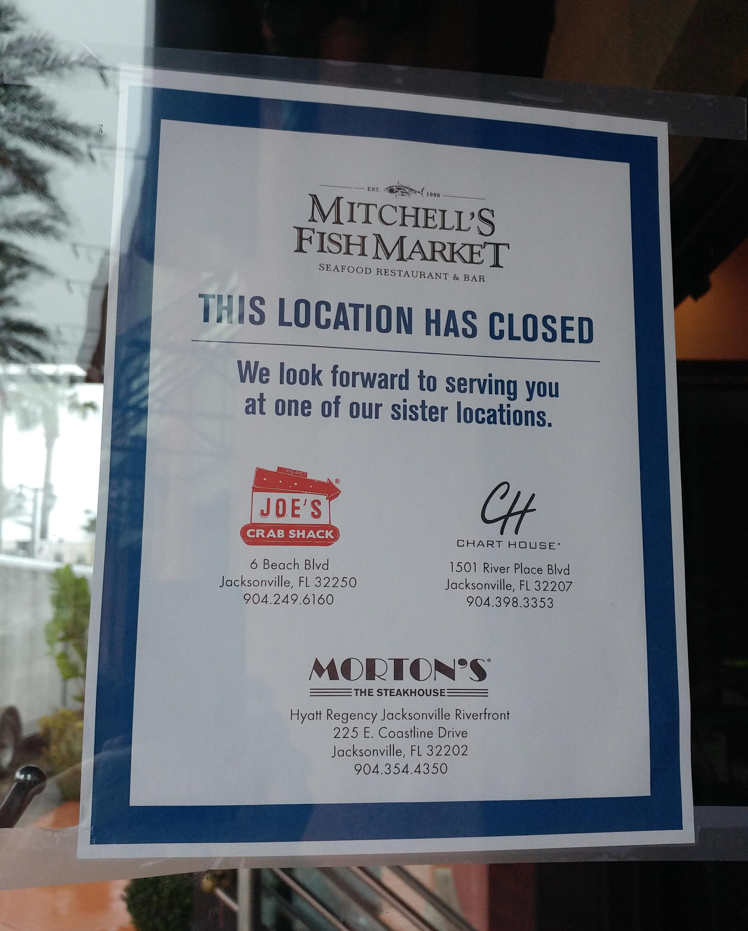 Mitchell 39 s fish market closes at st johns town center for Mitchell s fish market jacksonville fl