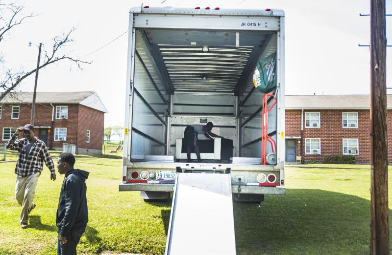 It's summertime and peak moving season. But it's also prime time for consumer fraud, according to the Federal Motor Carrier Safety Administration.