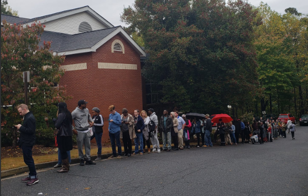 lines for polls in Vinings