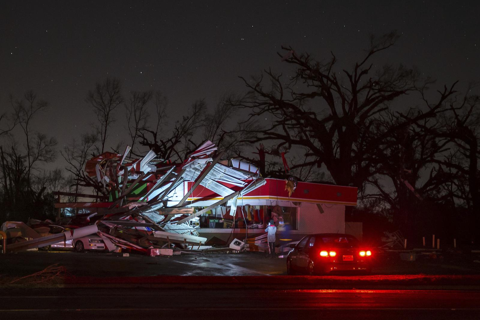 19 die amid apparent winter tornadoes other storms in south