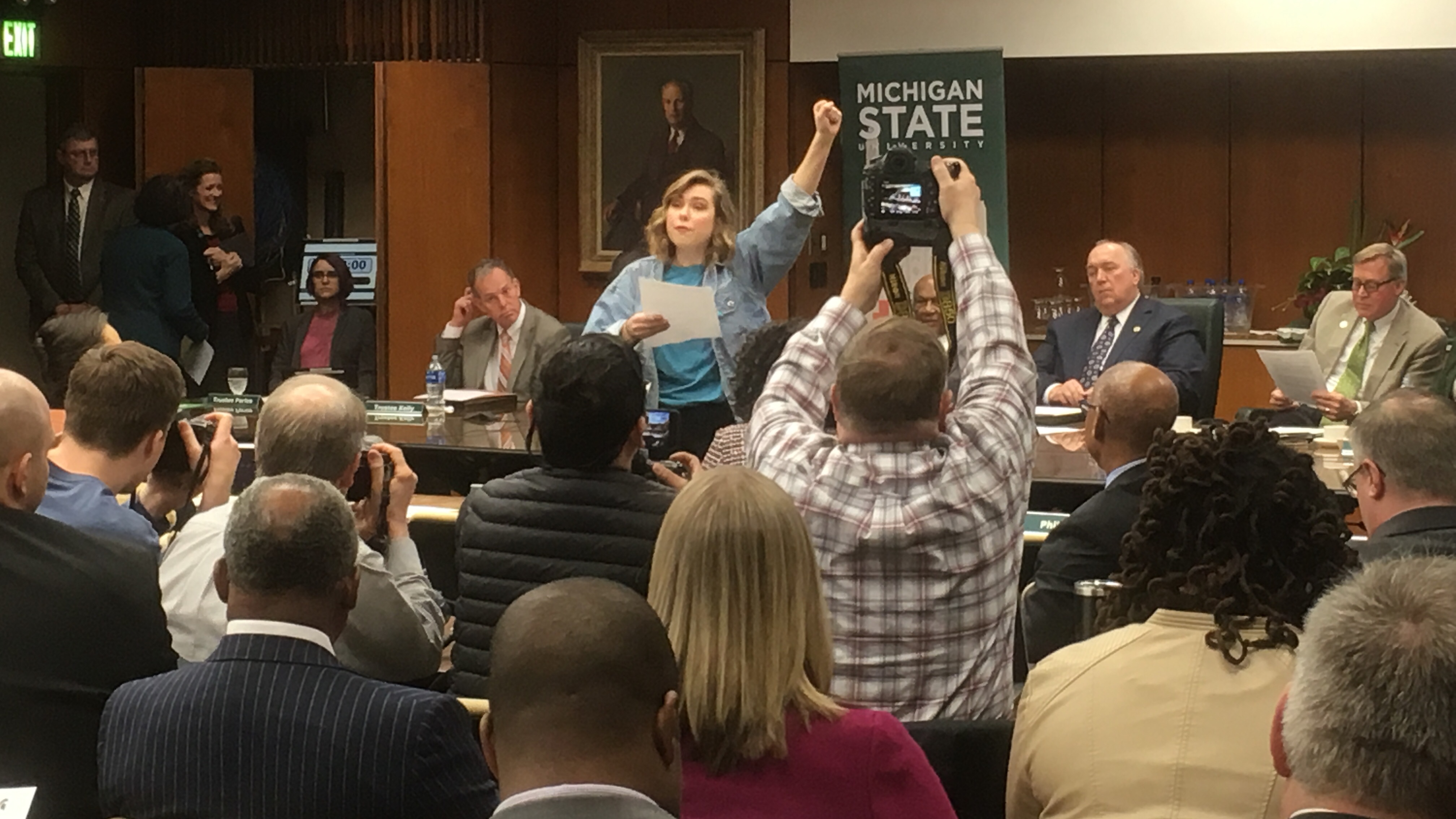 Current state wkar protesters criticize msu administration at board meeting sciox Choice Image