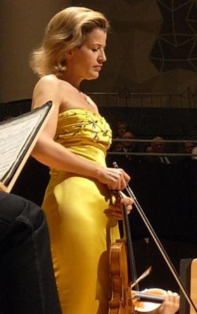 Anne Sophie Mutter performs tonight at 7:30 at Ann Arbor's Hill Auditorium.