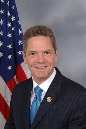 Mark Schauer has received support from Democratic Sens. Debbie Stabenow and Carl Levin in his race for governor.