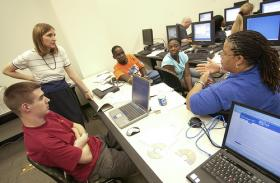 Eaglevision offers veterans like Dan Jensen job training programs which offer resume help, training for interviews and computer training.
