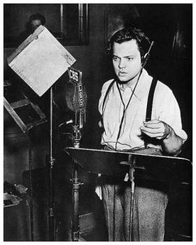 Orson Welles directed and starred in the CBS Mercury Theater production of H.G. Wells' 'The War of the Worlds.'  The broadcast on October 30, 1938 instilled panic in untold numbers of listeners across the U.S.
