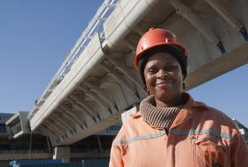 As of 2011, there are approximately 800,000 women working in the construction industry across the country, which is about nine percent of the total workforce.