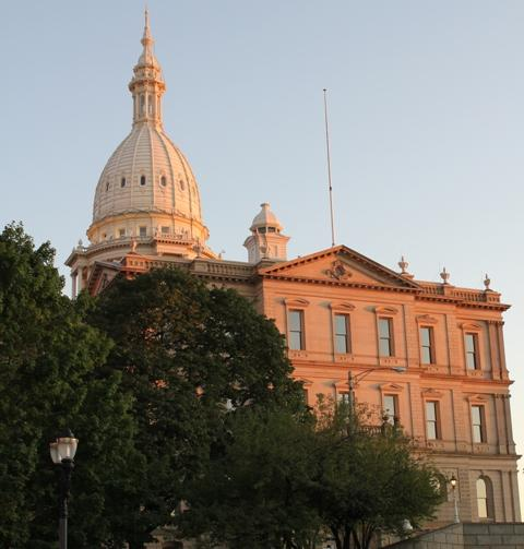 Picture of Capitol building at sunset.