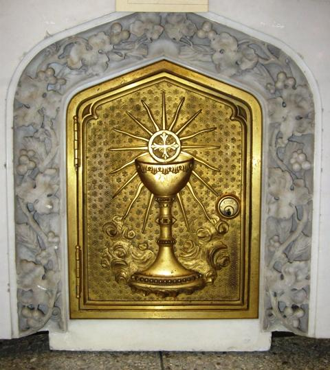 This is the cathedral's original tabernacle.  It was used from 1913 to 1966.