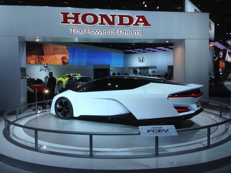 The Honda FCEV concept car