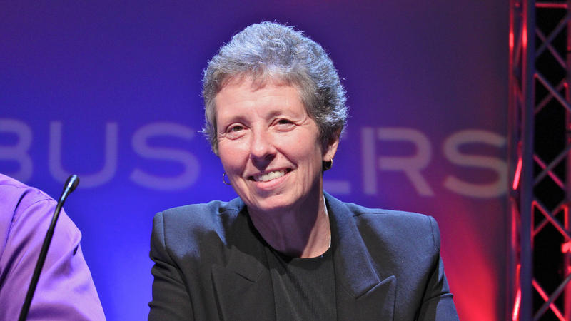 Sue Carter on Quizbusters