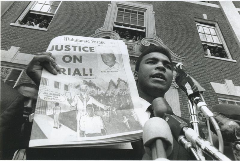 Muhammad Ali-Newspaper