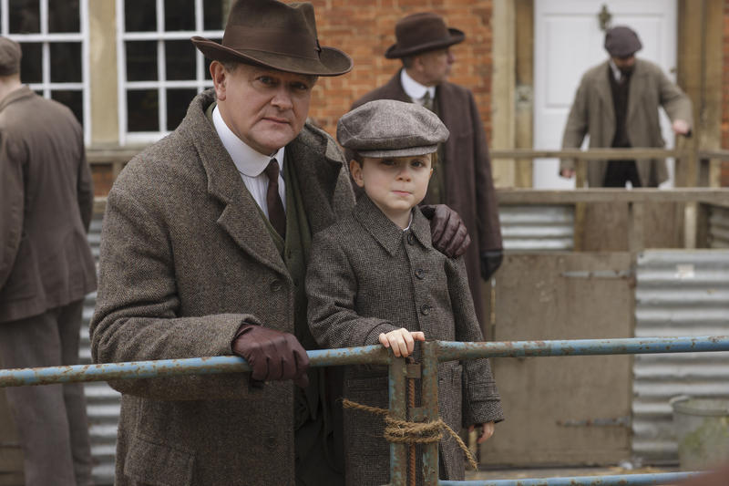 Scene from Ep. 2 (l-r) Hugh Bonneville as Lord Grantham and Oliver/Zac Barker as Master George Crawley
