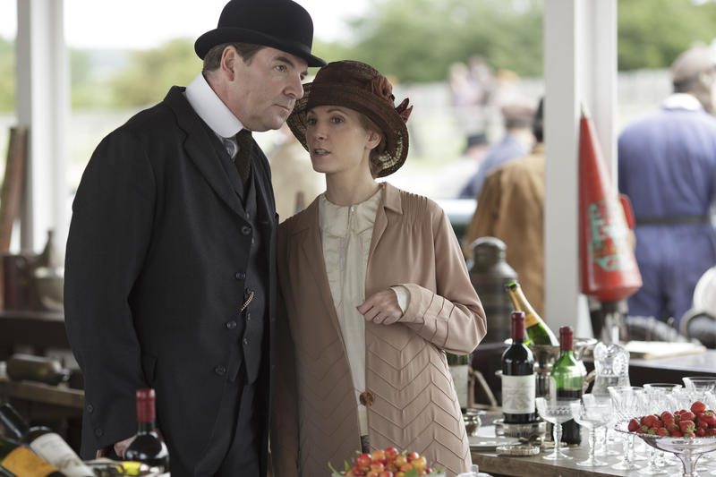 Scene from Ep. 7 (l-r) Brendan Coyle as Mr. Bates and Joanne Froggatt as Anna Bates