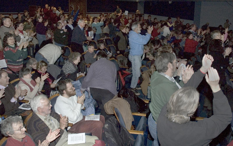 Applause from Mid-Winter Singing Festival Audience