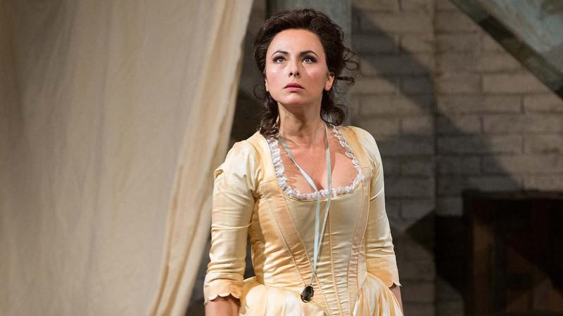 Isabel Leonard, seen here as Dorabella in Così fan tutte, sings the role of Charlotte in Massenet's Werther.