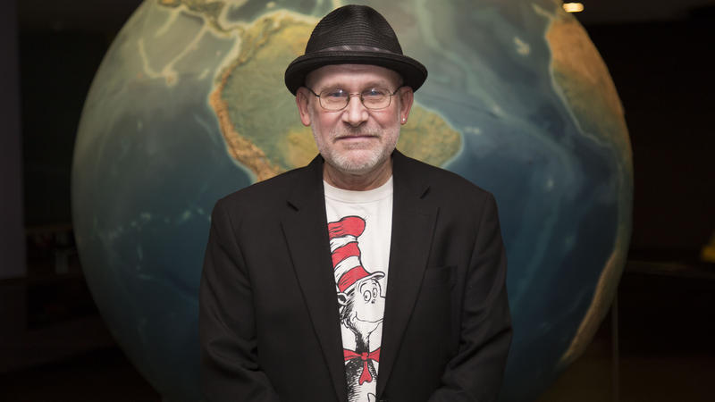Portrait of storyteller Drew Prosch-Jensen at Abrams Planetarium