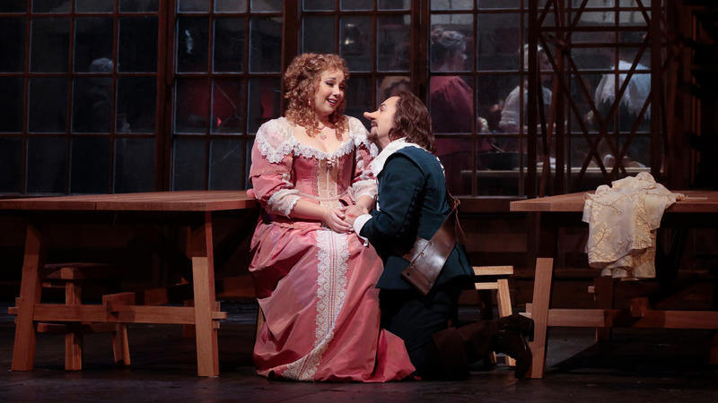 Jennifer Rowley and Roberto Alagna on stage
