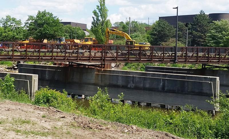 equipment on bridge