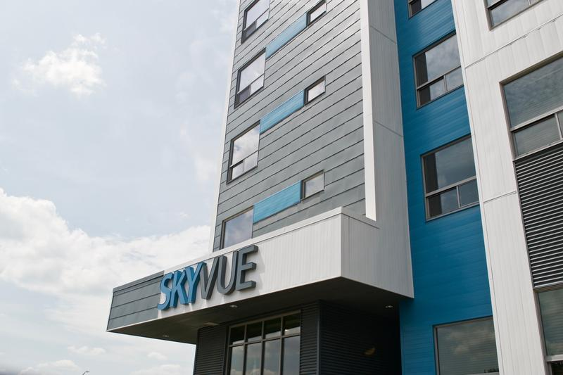 SkyVue apartments in Frandor.